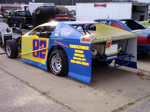 Kelly smith 82 a modified driver and 2004 0 a modified and 82 b